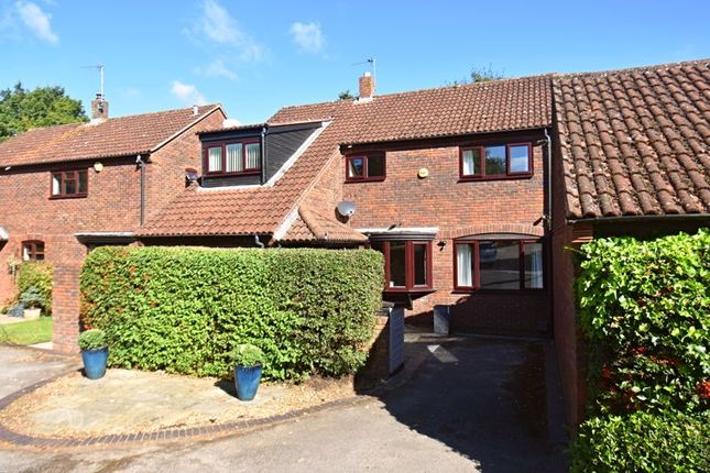 5 bed semi-detached house for sale in Crofters Meadow, Lychpit, Basingstoke RG24