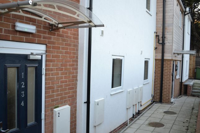 Thumbnail Flat to rent in High Street, Flat 3, Redcar