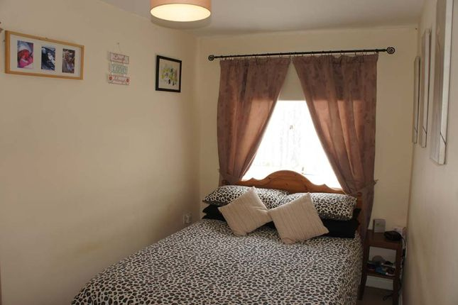 Bedroom of Pilsdon Close, Beaminster DT8