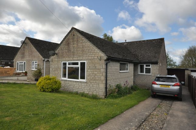 3 bed bungalow to rent in Lypiatt View, Bussage, Stroud GL6
