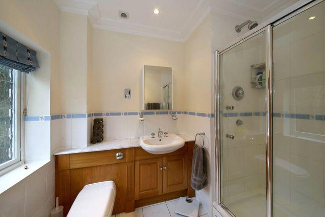 En Suite of Old Long Grove, Seer Green, Beaconsfield, Buckinghamshire HP9