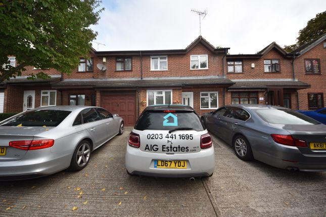 Thumbnail Terraced house to rent in Linnet Way, Purfleet Essex