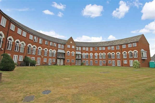 Thumbnail Flat for sale in Duckmill Crescent, Chethams, Bedford