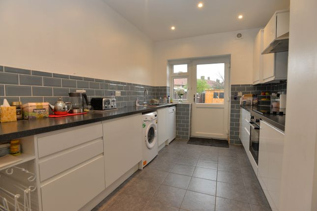 Thumbnail Terraced house to rent in Glenbow Road, Bromley