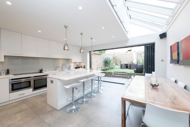 Thumbnail Terraced house for sale in Gayville Road, London