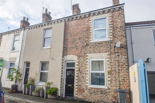 Thumbnail Terraced house to rent in Lansdowne Terrace, York
