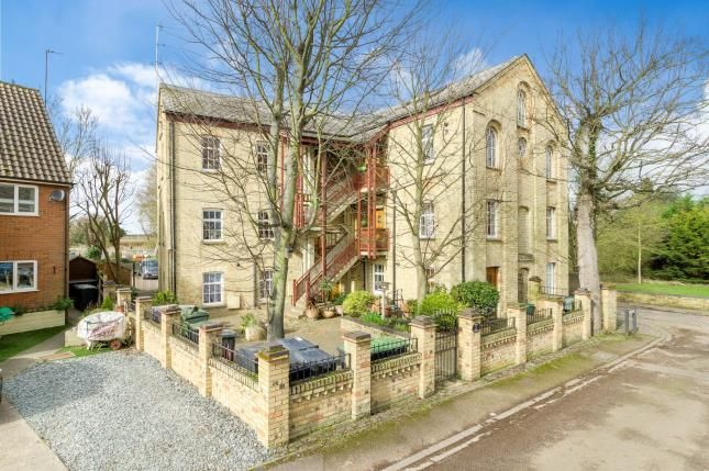 Thumbnail Flat for sale in Ivel Mill, Mill Lane, Biggleswade, Bedfordshire