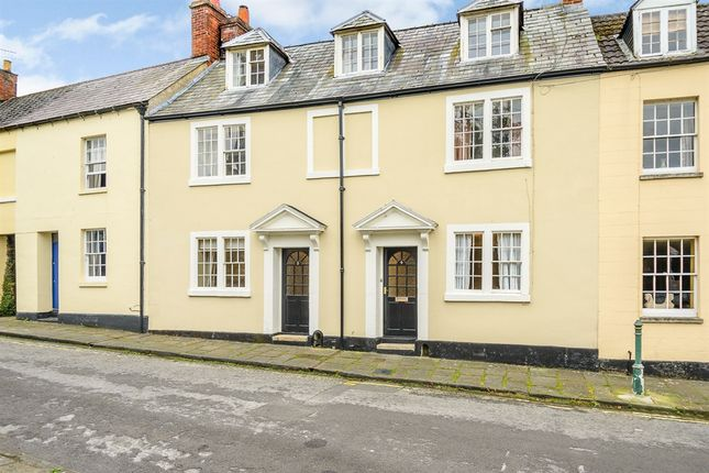 Thumbnail Terraced house for sale in Kingsbury Street, Calne