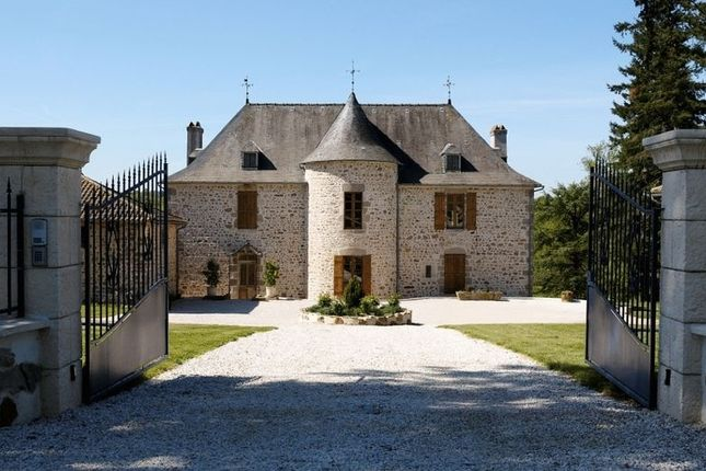 Thumbnail Property for sale in Angoulême, Charente (Cognac/Angouleme), France