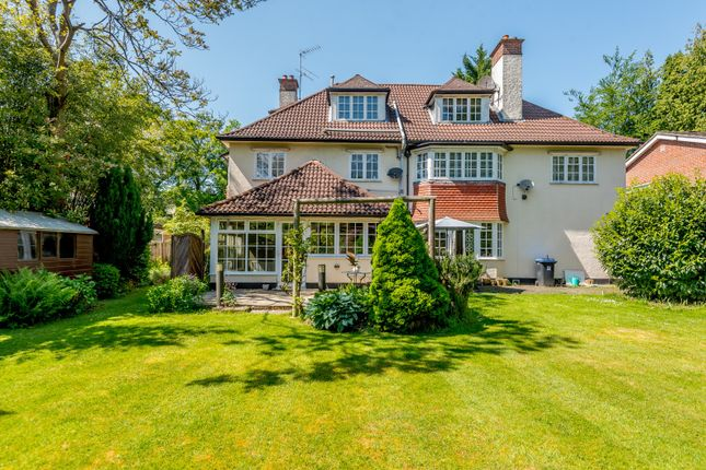 Flat for sale in Blackdown Avenue, Pyrford, Woking