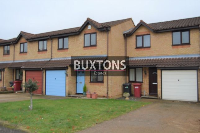 Thumbnail Terraced house to rent in Lowestoft Drive, Slough, Berkshire.
