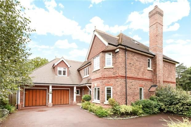Thumbnail Detached house for sale in Finchampstead Road, Finchampstead, Wokingham