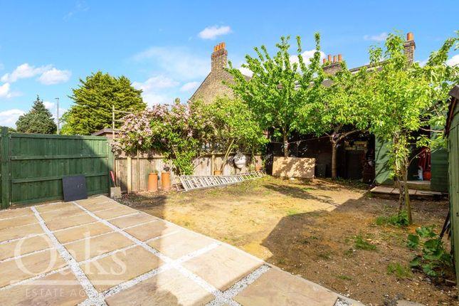 Garden of Mitcham Lane, London SW16