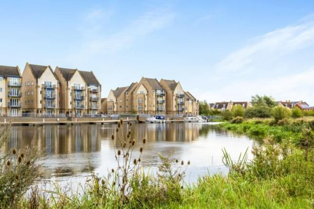 2 bed flat for sale in Bevington Way, Eynesbury, St. Neots, Cambridgeshire