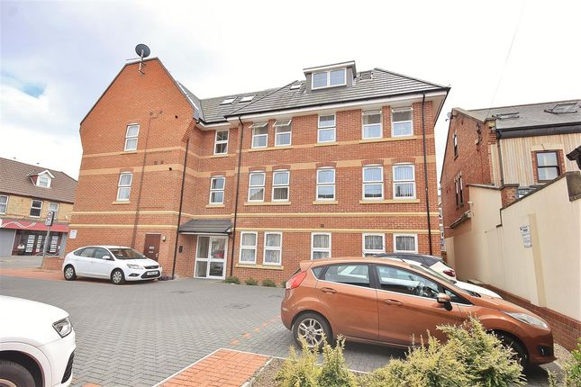 Thumbnail Flat to rent in Victoria Place, Victoria Road, Parkstone, Poole