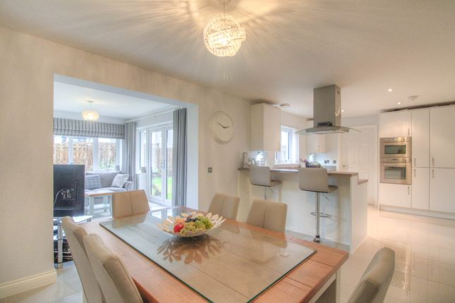 Thumbnail Detached house for sale in Paragon Drive, Motherwell