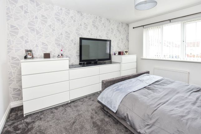 Master Bedroom of Fitzallan Place, Bathgate EH48