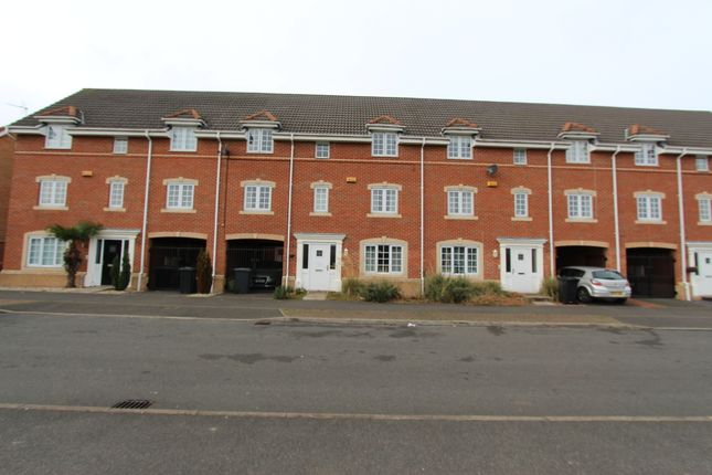 Thumbnail Town house for sale in Woodward Avenue, Chilwell
