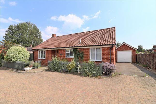 Thumbnail Detached bungalow to rent in Threadneedle Street, Hadleigh, Ipswich, Suffolk