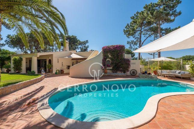 Description of Vilamoura, Algarve, Portugal