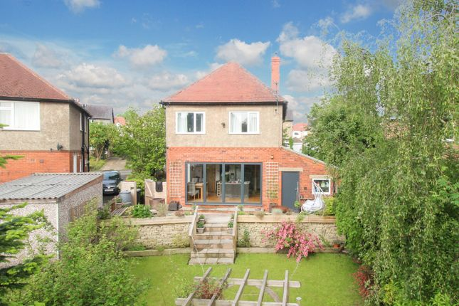 3 bed detached house for sale in Benomley Drive, Huddersfield HD5