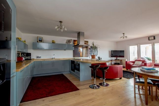 Thumbnail Flat for sale in Navigation Way, Ashton-On-Ribble, Preston