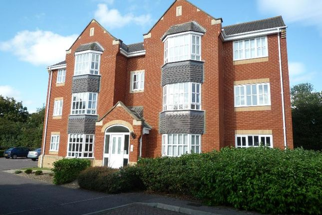 Thumbnail Flat to rent in Field View, Brackley
