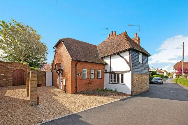 Thumbnail Detached house to rent in Warren View, Holyport Street, Holyport, Maidenhead