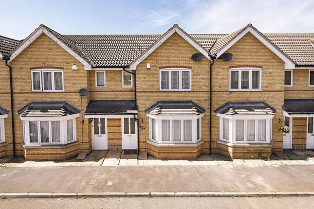 Thumbnail Terraced house for sale in Stanley Close, London