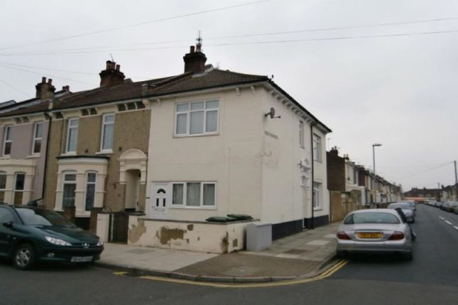 Thumbnail Flat to rent in Kensington Road, Portsmouth
