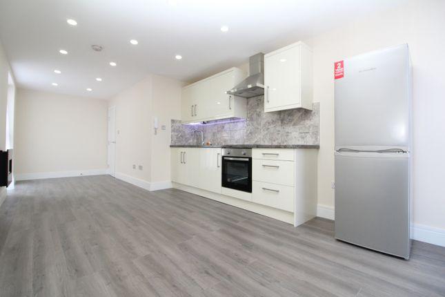 Thumbnail Flat to rent in Nightingale Grove, Lewisham