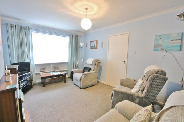 Lounge of Bemerton Gardens, Kirby Cross, Frinton-On-Sea CO13
