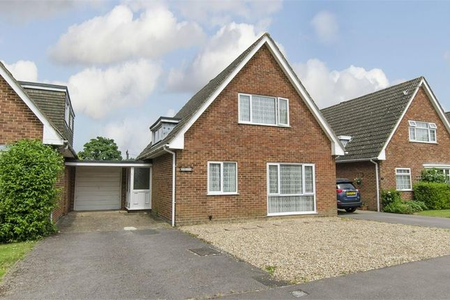 Thumbnail Detached house for sale in Oakgrove Gardens, Bishopstoke, Eastleigh