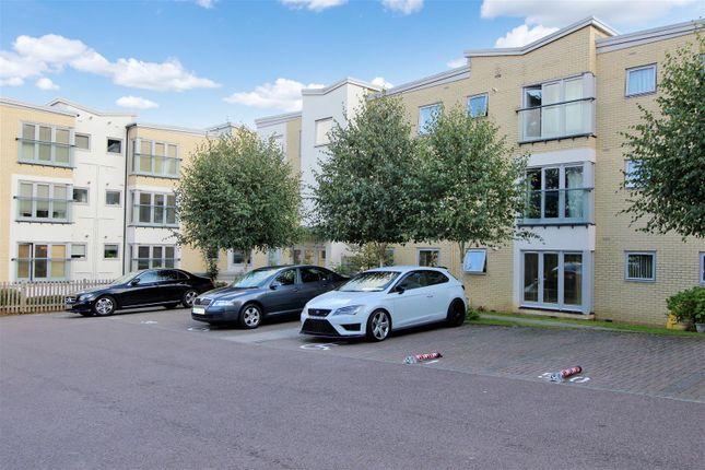 Thumbnail Flat to rent in Gadebury Heights, Bury Road, Hemel Hempstead