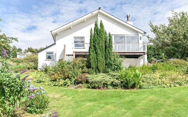 Thumbnail Detached house for sale in Rayrigg Rise, Bowness-On-Windermere, Windermere