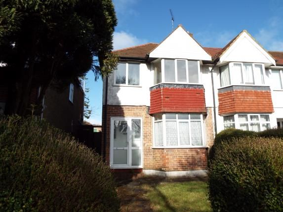 Front Views of Willow Way, Luton, Bedfordshire LU3