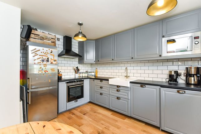 Mcneil road camberwell london se5 1 bedroom flat for sale 46168879 primelocation Kitchen and bathroom design courses london
