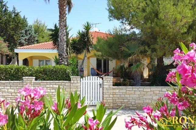 Thumbnail Detached bungalow for sale in Pop5, Island Of Vir, Croatia