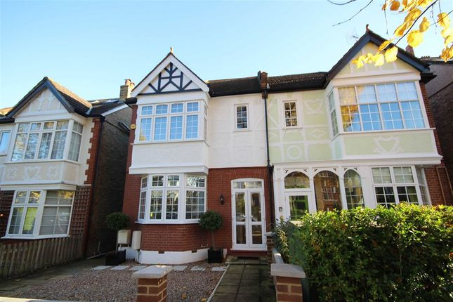 Thumbnail Property to rent in Princes Gardens, London