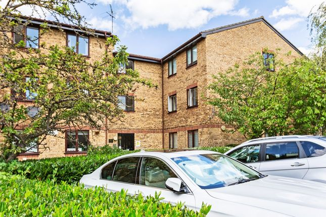 Thumbnail Flat to rent in Brockway Close, London