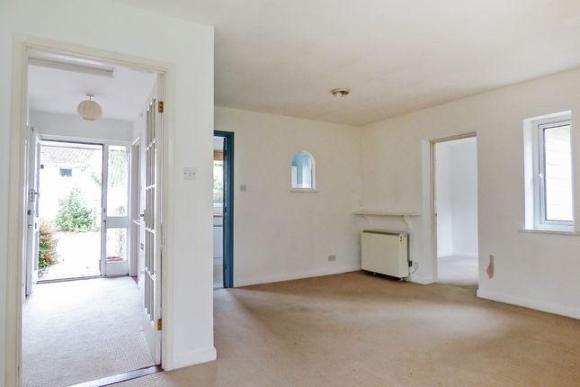 Living Room of Henrietta Road, Central Bath BA2