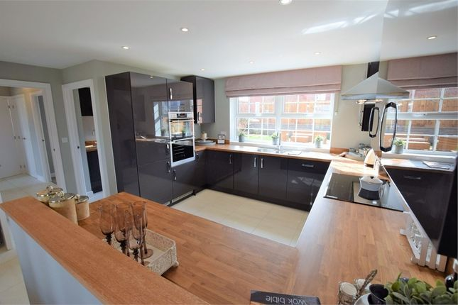 Thumbnail Detached house for sale in Main Road, Earls Barton, Northamptonshire