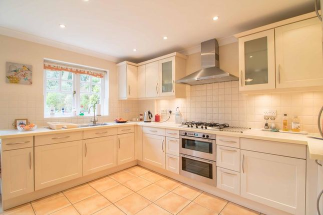 Thumbnail Semi-detached house for sale in Nether Street, London