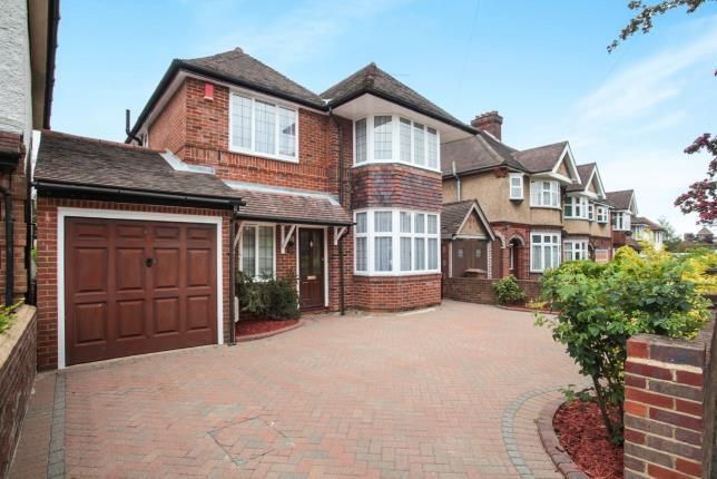 Thumbnail Detached house for sale in Whitehill Avenue, Luton, Bedfordshire