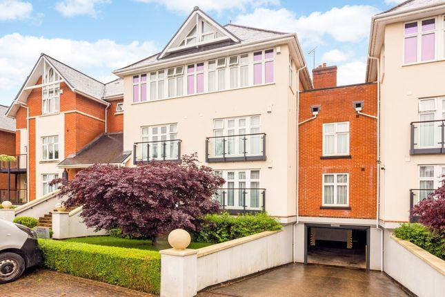 3 bed flat to rent in Warberry Park Gardens, Tunbridge Wells TN4