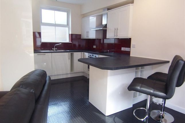 Flat to rent in Chalybeate Street, Aberystwyth