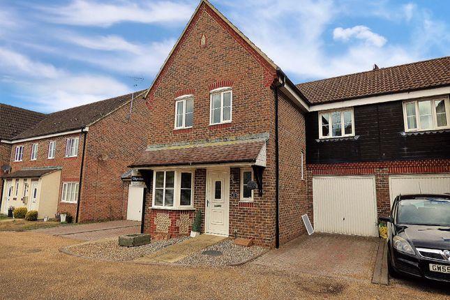Thumbnail Semi-detached house to rent in The Poplars, Littlehampton