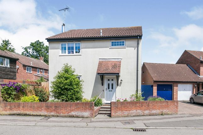 Thumbnail Detached house for sale in Craven Drive, Highwoods, Colchester