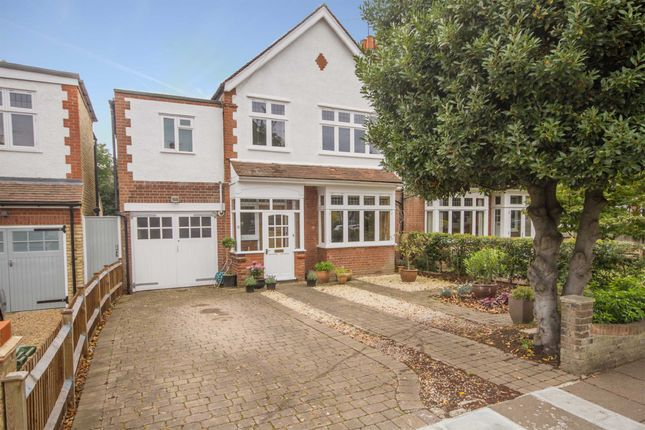 4 Bed Property To Rent In Teddington Park Road