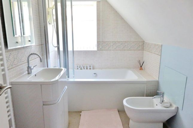 Family Bathroom of Clavering Walk, Bexhill-On-Sea, East Suss TN39